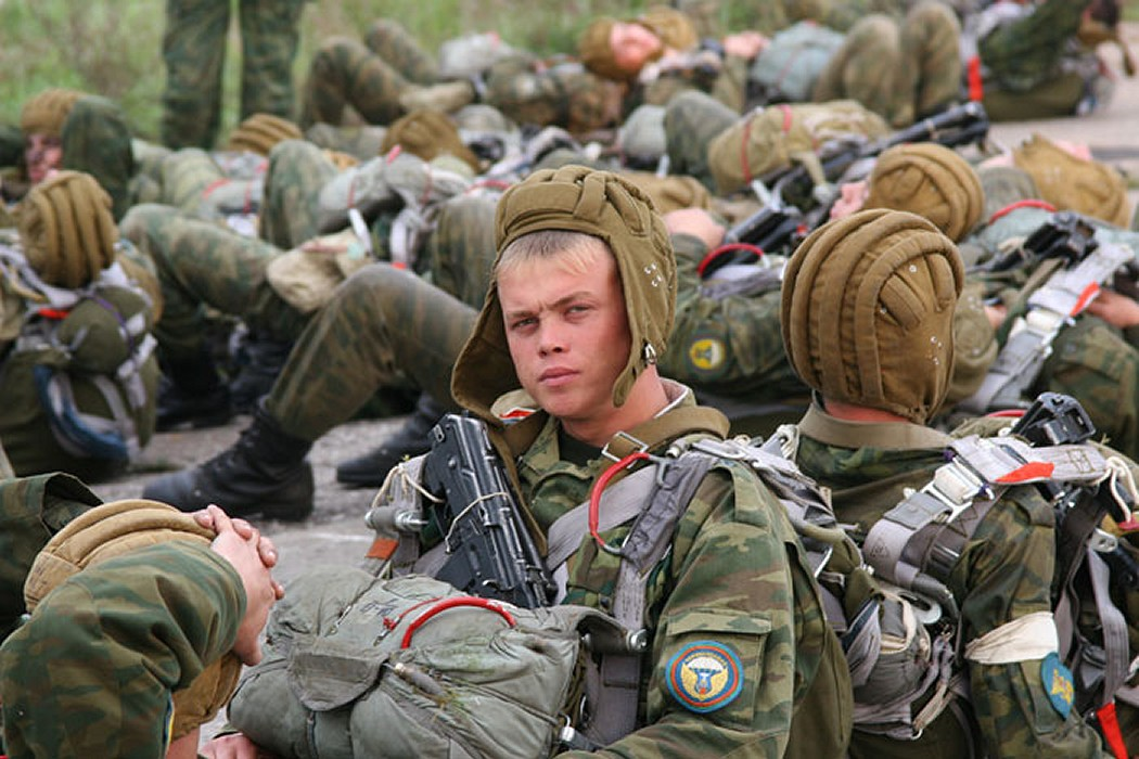 http://www.nmnewsandviews.com/wp-content/uploads/2012/04/Russian_Military_Exercise_002.jpg